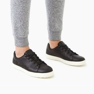 Roots Rosedale lace leather sneakers size 8.5